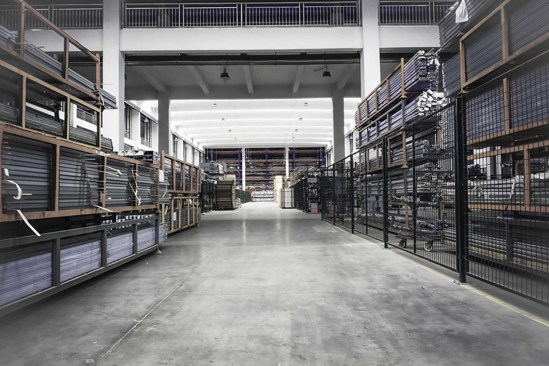 Heikenei row Warehouse